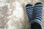 モコモコ靴下とラグマット