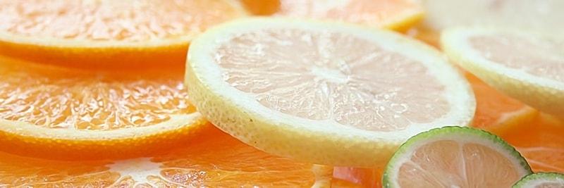 みずみずしい柑橘類