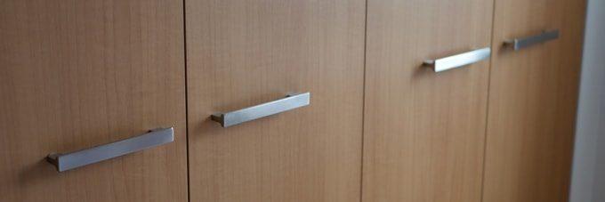 クローゼットの扉